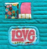 Nod-to-Mod-Mug-Rug-LOVE-patch